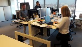 Tips om meer te bewegen op je werkplek