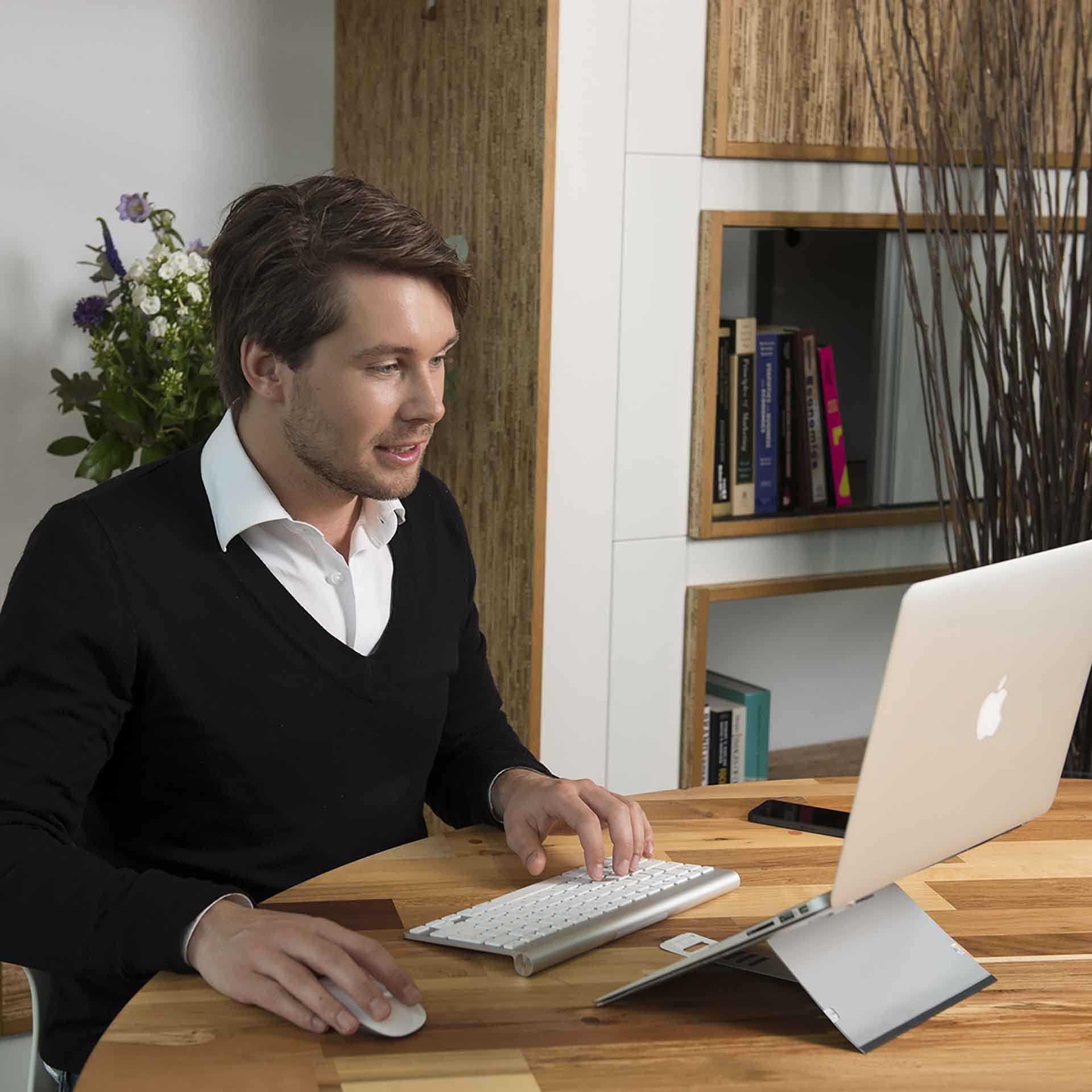 Flex top laptophouder ERKAFTO30 0000s 0005 Omgeving